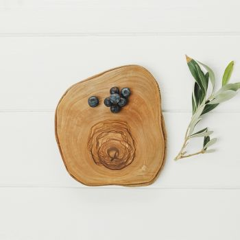 Round Rustic Olive Wood Serving Platters (15cm - 25cm)